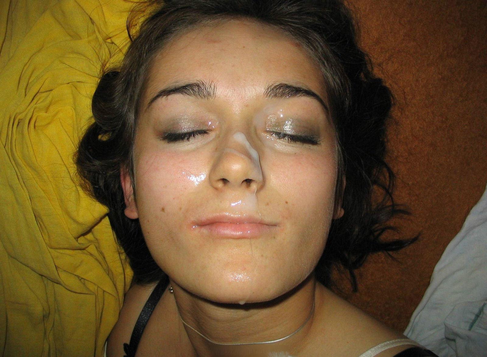 Фотографии девушек с спермой на лице, Сперма на лице женщин домашнее фото частное порно 13 фотография
